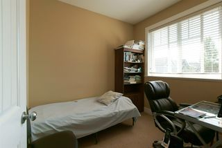 Photo 14: 19469 71A Avenue in Surrey: Clayton House for sale (Cloverdale)  : MLS®# R2104139