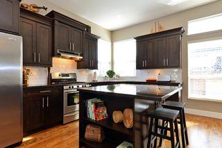"Photo 4: 14542 59B Avenue in Surrey: Sullivan Station House for sale in ""Sullivan Heights"" : MLS®# R2144735"