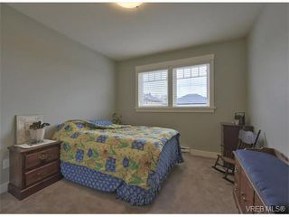 Photo 14: 4017 South Valley Dr in VICTORIA: SW Strawberry Vale House for sale (Saanich West)  : MLS®# 753226