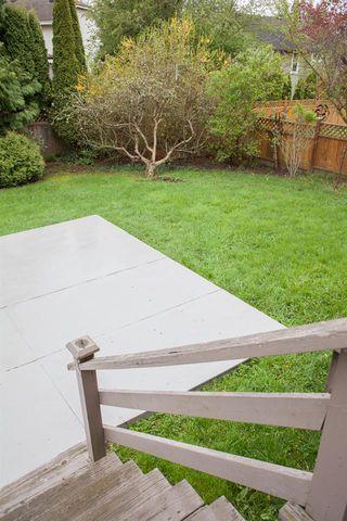 """Photo 11: 14972 20 Avenue in Surrey: Sunnyside Park Surrey House for sale in """"Sunnyside Park"""" (South Surrey White Rock)  : MLS®# R2159152"""