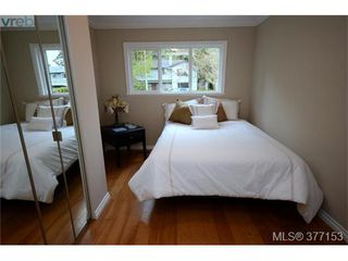Photo 13: 4951 Thunderbird Place in VICTORIA: SE Cordova Bay Single Family Detached for sale (Saanich East)  : MLS®# 377153