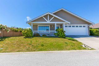 Main Photo: 5719 EMILY Way in Sechelt: Sechelt District House for sale (Sunshine Coast)  : MLS®# R2181594