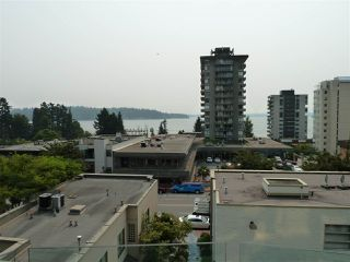 "Photo 16: 402 570 18TH Street in West Vancouver: Ambleside Condo for sale in ""WENTWORTH"" : MLS®# R2194488"