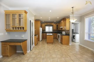 Photo 6: 14517 83 ave in Surrey: Bear Creek Green Timbers House for sale : MLS®# R2180826