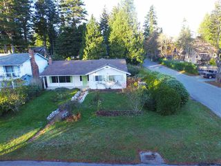 Photo 1: 13093 14 AVENUE in South Surrey White Rock: Home for sale : MLS®# R2016690