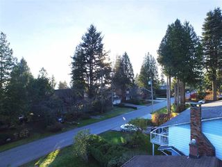Photo 3: 13093 14 AVENUE in South Surrey White Rock: Home for sale : MLS®# R2016690