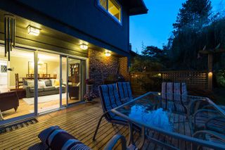 "Photo 19: 145 3300 CAPILANO Road in North Vancouver: Edgemont Townhouse for sale in ""RIDGEWOOD GARDEN APARTMENTS"" : MLS®# R2210833"