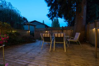 "Photo 18: 145 3300 CAPILANO Road in North Vancouver: Edgemont Townhouse for sale in ""RIDGEWOOD GARDEN APARTMENTS"" : MLS®# R2210833"