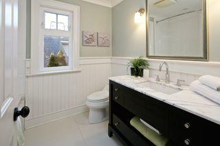Photo 3: 4715 Britannia Drive: Steveston South Home for sale ()  : MLS®# R2017618