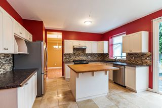 """Photo 5: 6510 184 Street in Surrey: Cloverdale BC House for sale in """"CLOVER VALLEY"""" (Cloverdale)  : MLS®# R2222955"""