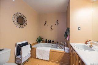 Photo 9: 105 Oakbank Drive: Oakbank Residential for sale (R04)  : MLS®# 1801130