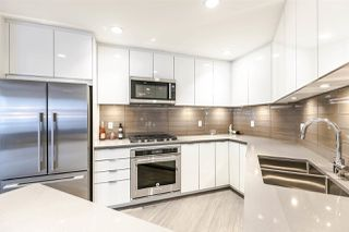 "Photo 2: 204 255 W 1ST Street in North Vancouver: Lower Lonsdale Condo for sale in ""West Quay"" : MLS®# R2242663"