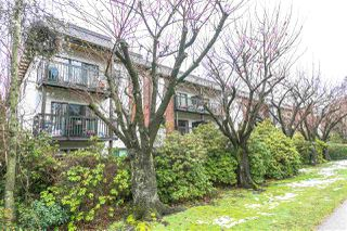 "Photo 15: 307 211 W 3RD Street in North Vancouver: Lower Lonsdale Condo for sale in ""Villa Aurora"" : MLS®# R2244439"
