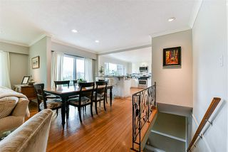 Photo 5: 3353 VIEWMOUNT Place in Port Moody: Port Moody Centre House for sale : MLS®# R2251876