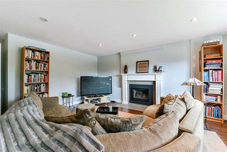 Photo 13: 3353 VIEWMOUNT Place in Port Moody: Port Moody Centre House for sale : MLS®# R2251876