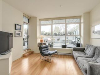 "Photo 5: 209 2250 COMMERCIAL Drive in Vancouver: Grandview VE Condo for sale in ""THE MARQUEE"" (Vancouver East)  : MLS®# R2253784"