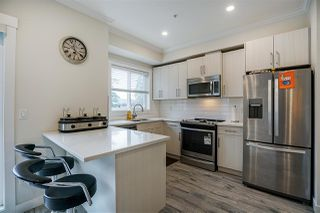 Photo 4: 28 7247 140 Street in Surrey: East Newton Townhouse for sale : MLS®# R2269407