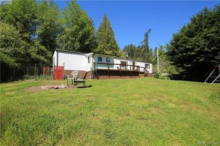 Photo 1: 7750 West Coast Road in SOOKE: Sk Kemp Lake Manu Single-Wide for sale (Sooke)  : MLS®# 391921