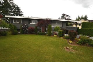 Photo 1: 2062 PRIMROSE Street in Abbotsford: Central Abbotsford House for sale : MLS®# R2276747