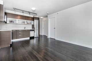"""Photo 6: 1402 10777 UNIVERSITY Drive in Surrey: Whalley Condo for sale in """"City Point"""" (North Surrey)  : MLS®# R2289441"""
