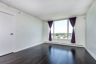 """Photo 4: 1402 10777 UNIVERSITY Drive in Surrey: Whalley Condo for sale in """"City Point"""" (North Surrey)  : MLS®# R2289441"""