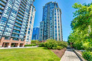 """Photo 14: 1402 10777 UNIVERSITY Drive in Surrey: Whalley Condo for sale in """"City Point"""" (North Surrey)  : MLS®# R2289441"""