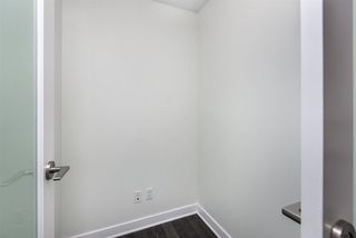 """Photo 10: 1402 10777 UNIVERSITY Drive in Surrey: Whalley Condo for sale in """"City Point"""" (North Surrey)  : MLS®# R2289441"""