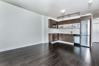 """Photo 5: 1402 10777 UNIVERSITY Drive in Surrey: Whalley Condo for sale in """"City Point"""" (North Surrey)  : MLS®# R2289441"""