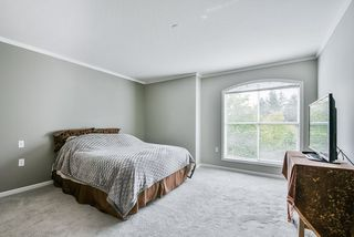 "Photo 17: 305 15290 18 Avenue in Surrey: King George Corridor Condo for sale in ""Stratford By The Park"" (South Surrey White Rock)  : MLS®# R2305593"