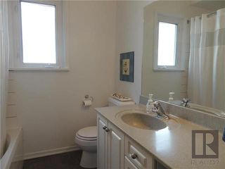 Photo 11: 1231 Warsaw Crescent in Winnipeg: Residential for sale (1Bw)  : MLS®# 1826289