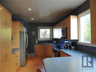 Photo 5: 1231 Warsaw Crescent in Winnipeg: Residential for sale (1Bw)  : MLS®# 1826289