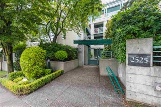 "Photo 13: 307 2525 W 4TH Avenue in Vancouver: Kitsilano Condo for sale in ""Seagate"" (Vancouver West)  : MLS®# R2309681"