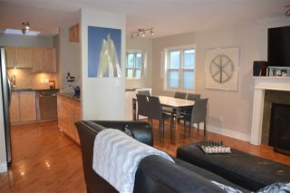 Photo 2: 3316 W 5TH Avenue in Vancouver: Kitsilano House 1/2 Duplex for sale (Vancouver West)  : MLS®# R2314053