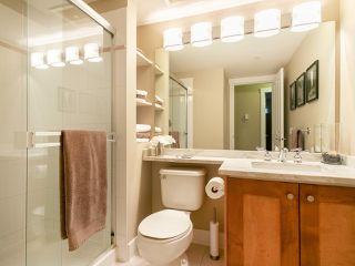 "Photo 19: 304 3088 W 41ST Avenue in Vancouver: Kerrisdale Condo for sale in ""LANESBOROUGH"" (Vancouver West)  : MLS®# R2323364"