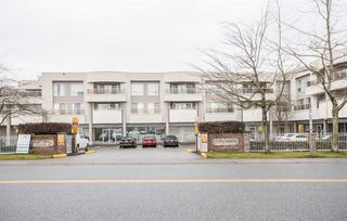 "Photo 5: 205 13771 72A Avenue in Surrey: East Newton Condo for sale in ""Newton Plaza"" : MLS®# R2325822"