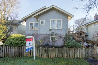 Photo 3: 4278 JOHN Street in Vancouver: Main House for sale (Vancouver East)  : MLS®# R2332227