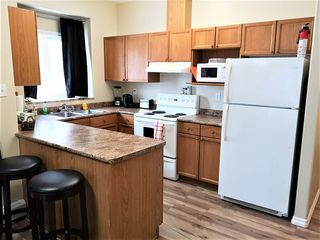 Photo 7: 102 10719 80 Avenue in Edmonton: Zone 15 Condo for sale : MLS®# E4141515