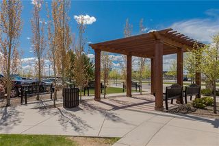 Photo 37: 312 QUARRY Villa SE in Calgary: Douglasdale/Glen Row/Townhouse for sale : MLS®# C4224154