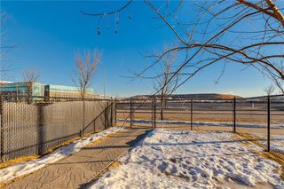 Photo 30: 312 QUARRY Villa SE in Calgary: Douglasdale/Glen Row/Townhouse for sale : MLS®# C4224154