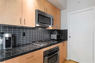 "Main Photo: 1804 1050 SMITHE Street in Vancouver: West End VW Condo for sale in ""THE STERLING"" (Vancouver West)  : MLS®# R2338073"