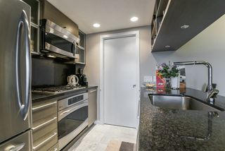 Photo 4: 2102 833 SEYMOUR Street in Vancouver: Downtown VW Condo for sale (Vancouver West)  : MLS®# R2340475