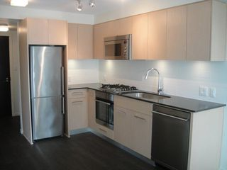 """Photo 2: 303 7733 FIRBRIDGE Way in Richmond: Brighouse Condo for sale in """"QUINTET TOWER C"""" : MLS®# R2346426"""