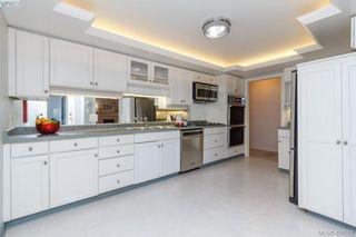 Photo 10: 206 1370 Beach Drive in VICTORIA: OB South Oak Bay Condo Apartment for sale (Oak Bay)  : MLS®# 406508