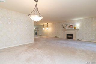 Photo 8: 206 1370 Beach Drive in VICTORIA: OB South Oak Bay Condo Apartment for sale (Oak Bay)  : MLS®# 406508