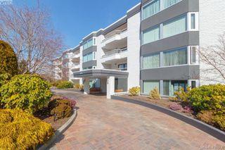Photo 2: 206 1370 Beach Drive in VICTORIA: OB South Oak Bay Condo Apartment for sale (Oak Bay)  : MLS®# 406508