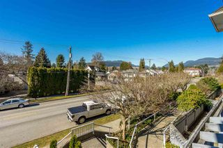 "Photo 2: 203 3088 FLINT Street in Port Coquitlam: Glenwood PQ Condo for sale in ""Park Place"" : MLS®# R2350788"
