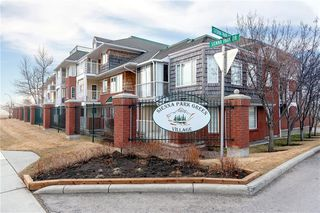 Photo 1: 1216 SIENNA PARK Green SW in Calgary: Signal Hill Apartment for sale : MLS®# C4237628