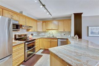 Photo 2: 1216 SIENNA PARK Green SW in Calgary: Signal Hill Apartment for sale : MLS®# C4237628