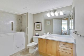 Photo 14: 1216 SIENNA PARK Green SW in Calgary: Signal Hill Apartment for sale : MLS®# C4237628