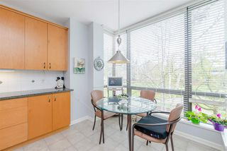 "Photo 11: 204 1580 MARTIN Street in Surrey: White Rock Condo for sale in ""Sussex House"" (South Surrey White Rock)  : MLS®# R2357775"
